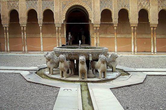 Carpintería exterior en la Alhambra
